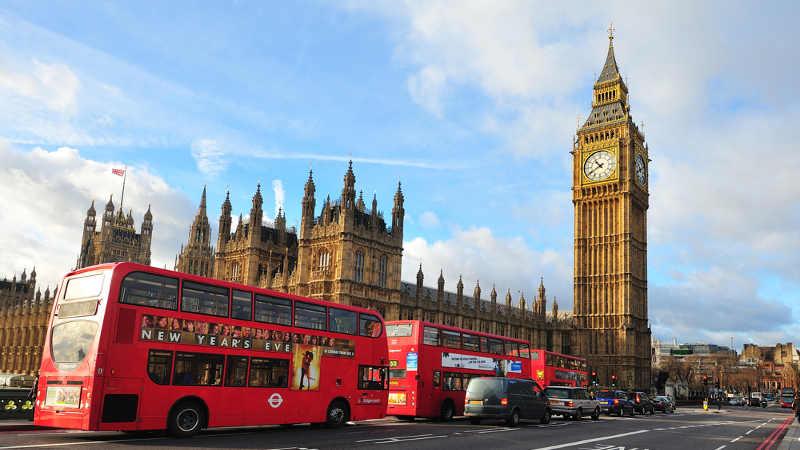 O que as novas regras de quarentena do Reino Unido significam para os viajantes?