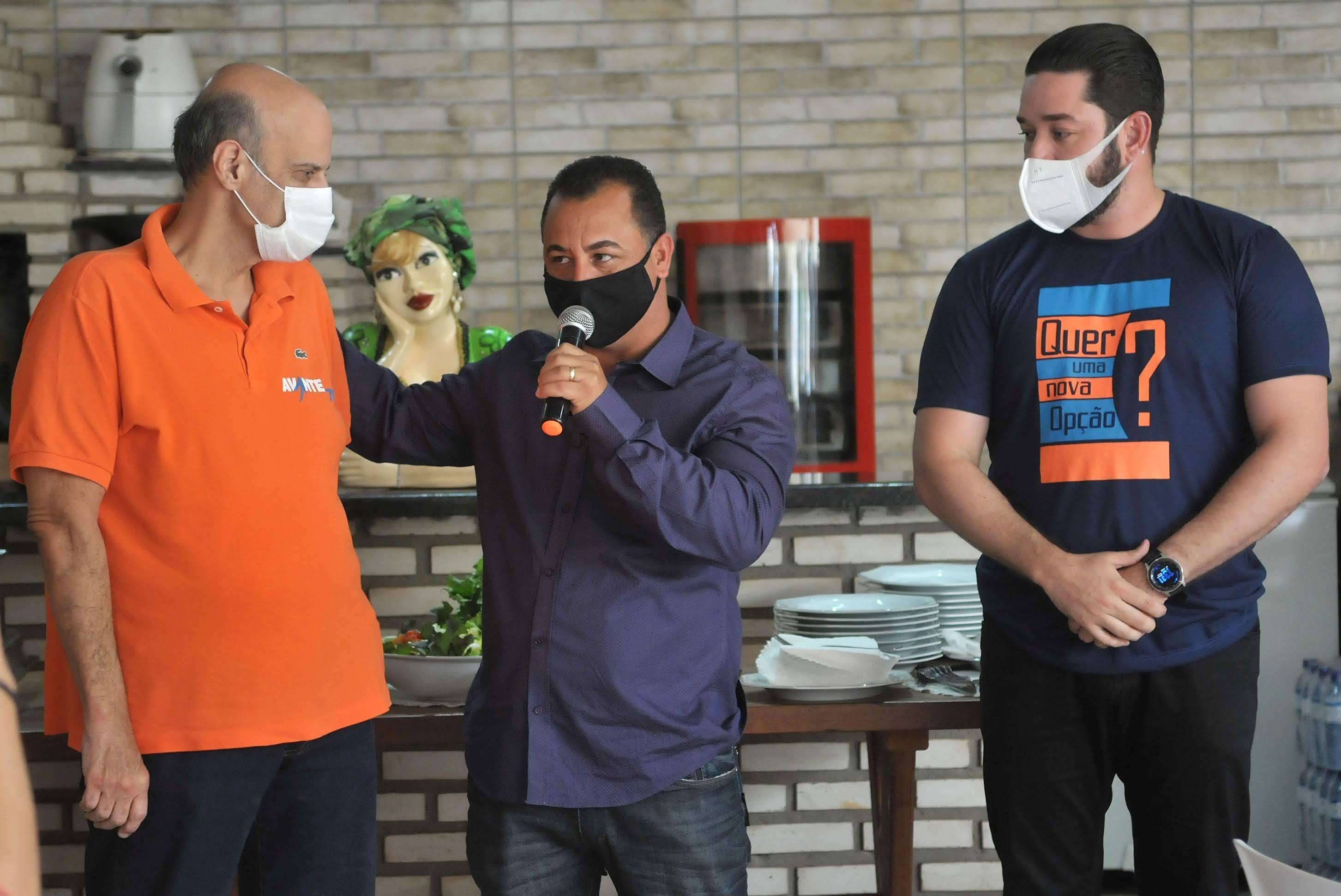 Paco Britto declara apoio a pré-candidatos de Formosa e Novo Gama - Agenda  Capital